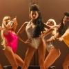 Танцовщица go-go Гюнель